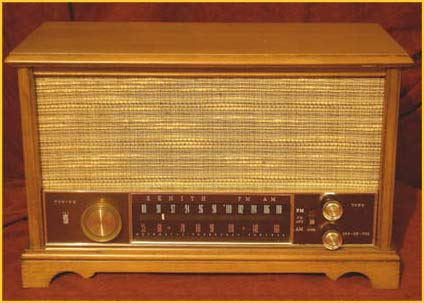 Another Zenith K731 radio