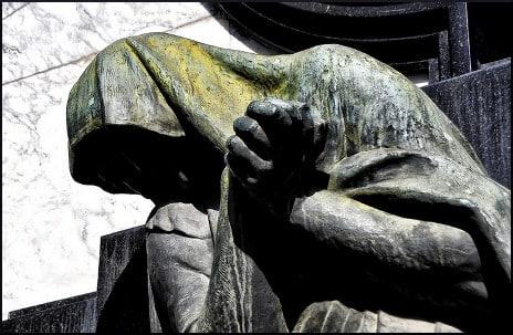 Anguish sculpture