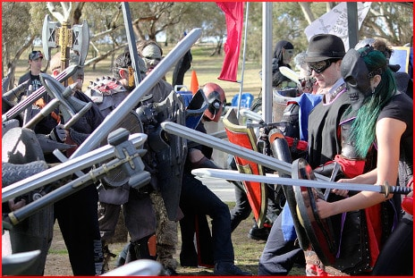 ren-fair-battle-2