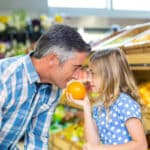 father-daughter-in-supermarket