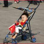 kid-in-stroller