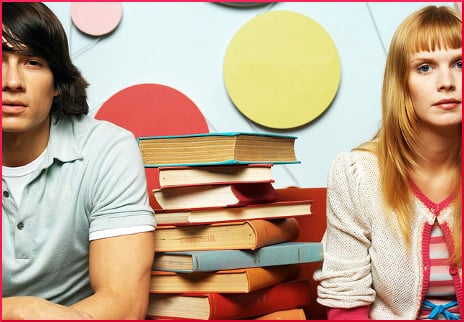 young-couple-with-books