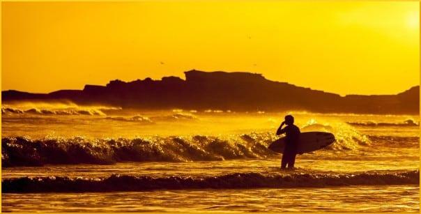 beach-surfer-sunset